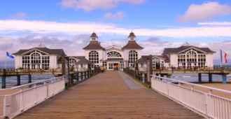 Selliner Seebrücke am Tag