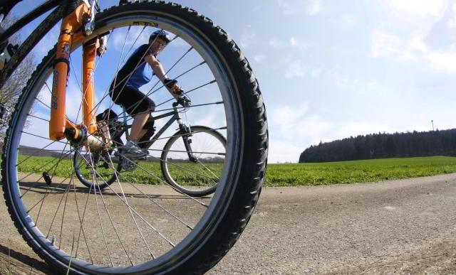 fahrrad fahren durch Rügens Landschaften