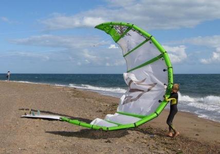 Kite Schirm am Strand von Ruegen