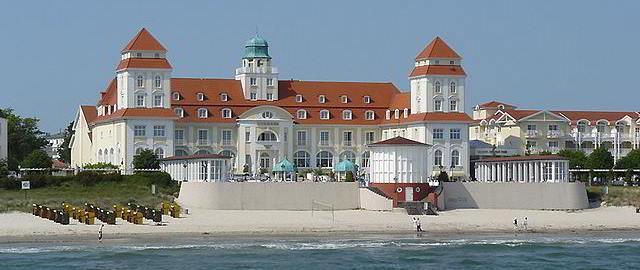 Kurhaus auf der Binzer Promenade
