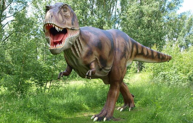 Dinosaurier im Dinopark auf Rügen bei Glowe