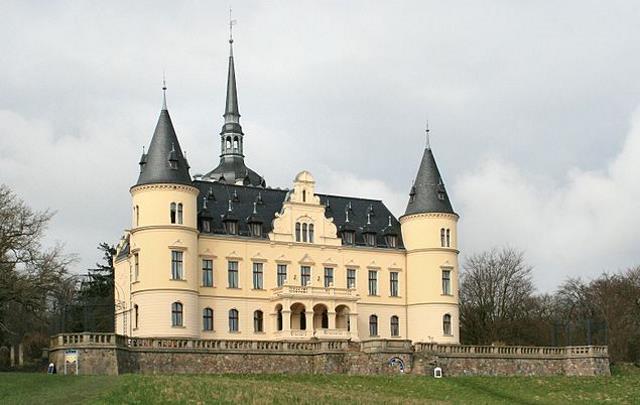 Das Schloss Ralswiek auf Rügen