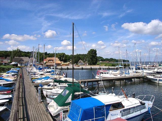 Hafen von Ralswiek